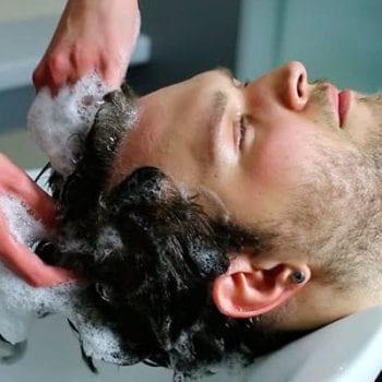 lavare capelli caduta anticaduta champu